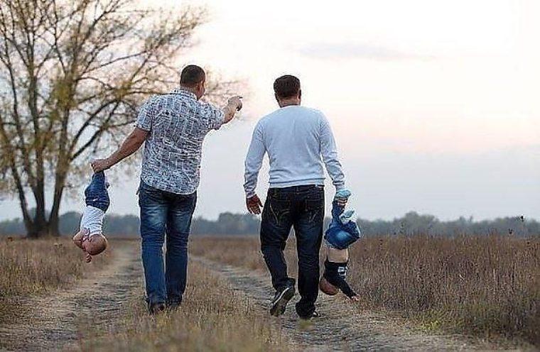 Прикольные картинки про папу с детьми
