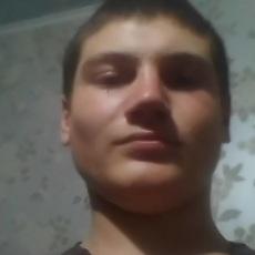 Фотография мужчины Витя, 19 лет из г. Снигиревка