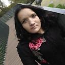 Natasha Axmatоev, 33 года