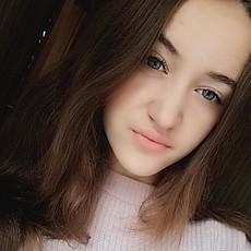 Фотография девушки Милана, 19 лет из г. Киев