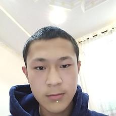 Фотография мужчины Максат, 19 лет из г. Бишкек