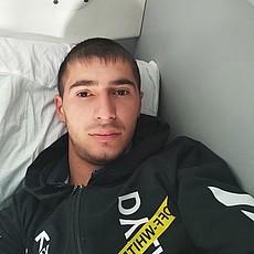 Фотография мужчины Мираюп, 25 лет из г. Усть-Каменогорск