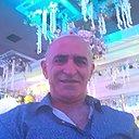 Гриша, 52 года