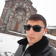 Фотография мужчины Gagik, 22 года из г. Севан